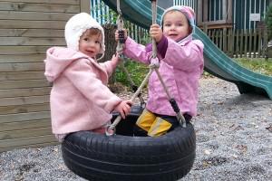 Kindertagesbetreuung-Schaukeln